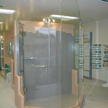 Rocky-Top-Edge-Estate-Shower-Enclosure